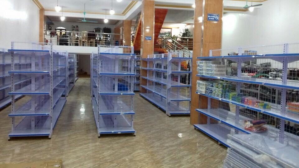 Kệ bày hàng siêu thị tại Cầu giấy Hà Nội